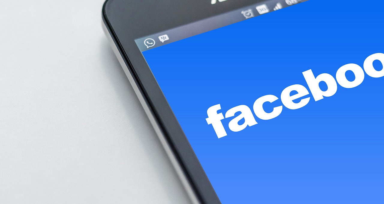 Facebook releases search advertisements in Newsfeed and Marketplace